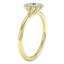 A sensational cluster engagement ring with a dazzling round brilliant cut diamond in 18ct yellow gold